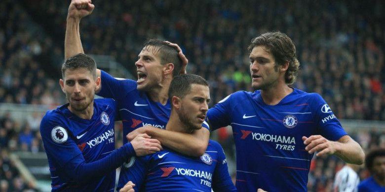 Berita Liga Primer - Opini Neville Soal Juara BPL