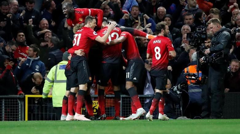 Kabar Liga Inggris - Putra Mahkota Arab Dikabarkan Tertarik Membeli Manchester United