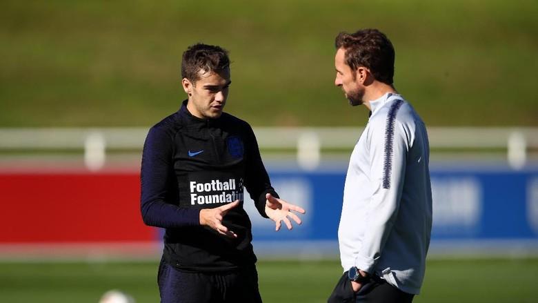 Kabar Bola Terbaru - Timnas Inggris Miliki Gelandang Mirip Xavi