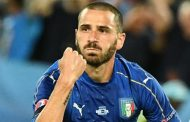 Berita Bola Terkini - Bos Italia Kecam Pendukung Timnya