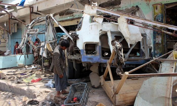Kabar Internasional – Trump Sebut Serangan Bus Yaman Disebabkan Kesalahan Penggunaan Senjata