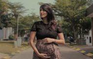 Kabar Selebritis - Sharena Delon Tetap Berolahraga Walaupun Sedang Hamil