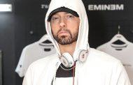 Kabar Selebritis – Eminem Merasa Tidak Nyaman Dengan Lirik Homofobia di Albun Barunya